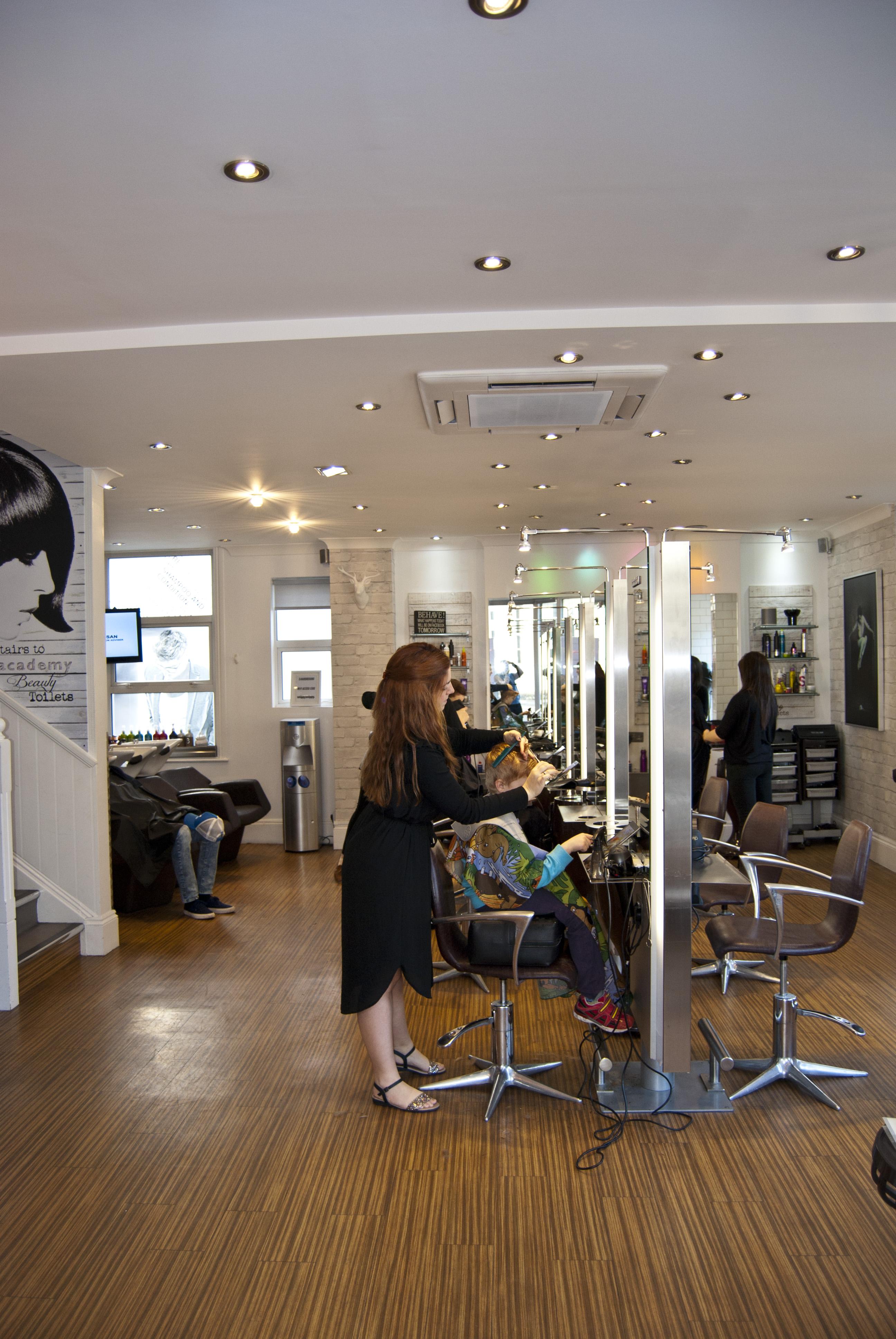 E Hairdressing Hair Salon And Hair Amp Beauty Training